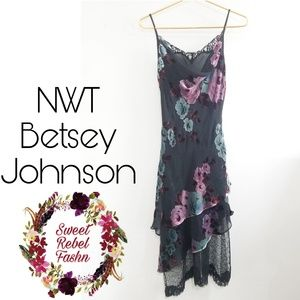 Betsey Johnson dress size 8 black floral NWT